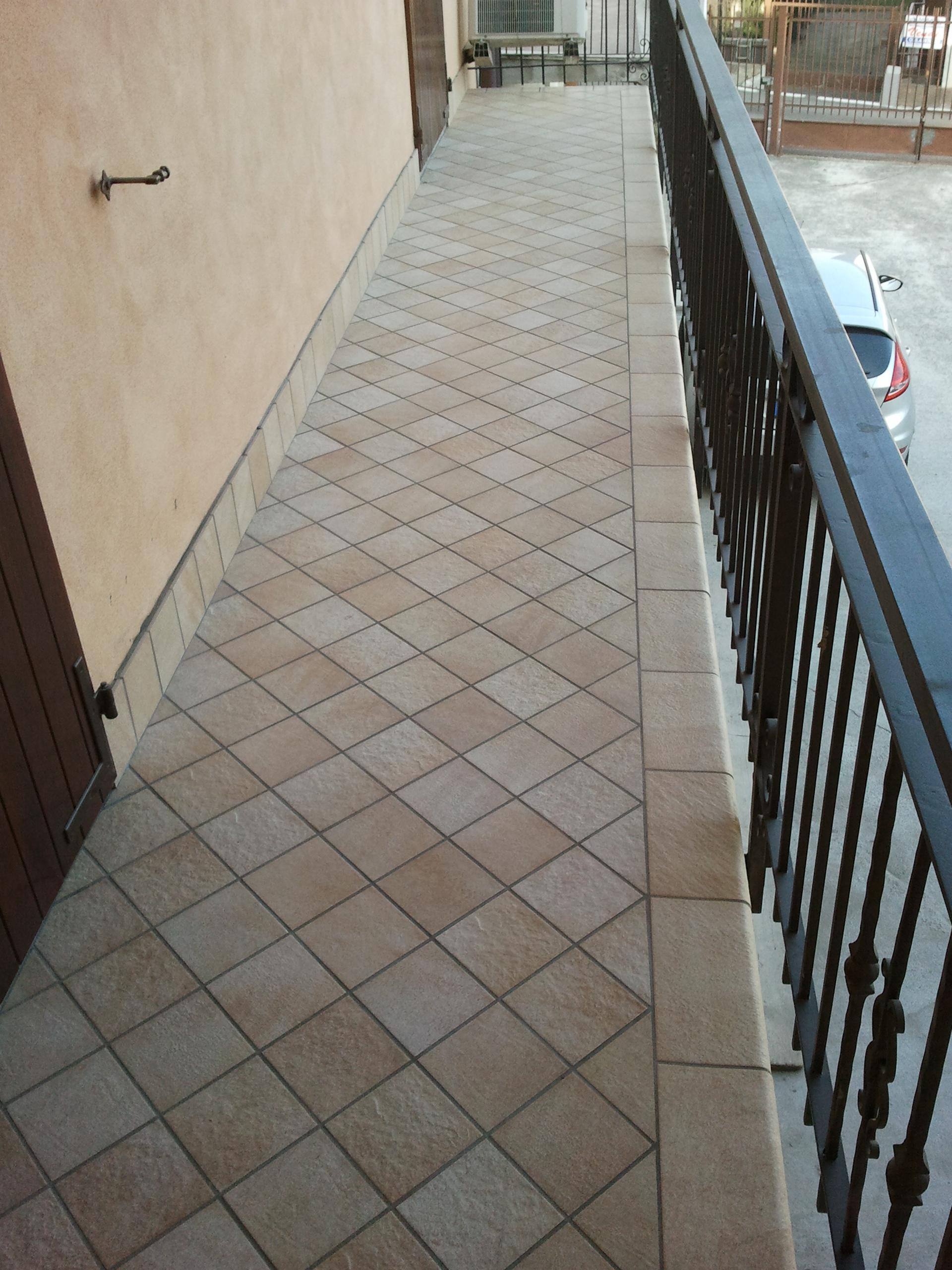 Pavimenti - Impermeabilizzazione scale esterne ...